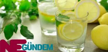 Sağlığımıza Limonlu Suyun Mucizevi Etkileri
