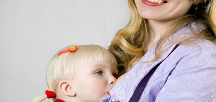 Uyuyan Bebeği Emzirmenin Zararı Var Mıdır?