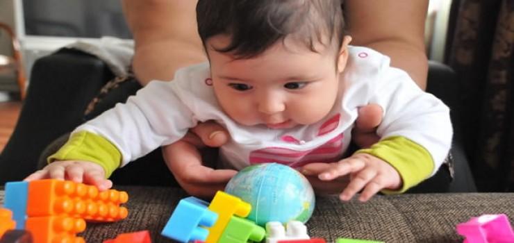 Bebeklerin Zeka Gelişimini Etkileyen Faktörler Nelerdir?
